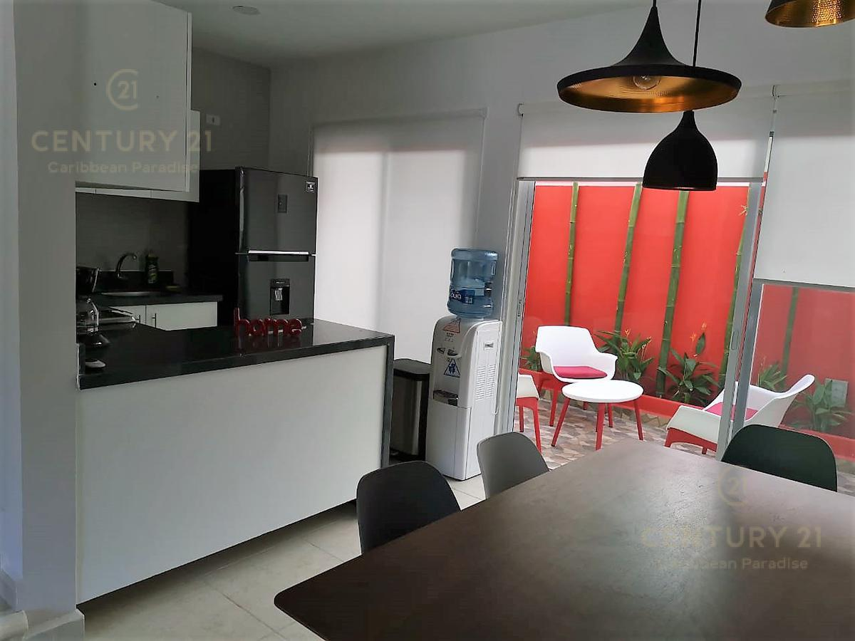 Playa del Carmen House for Sale scene image 1