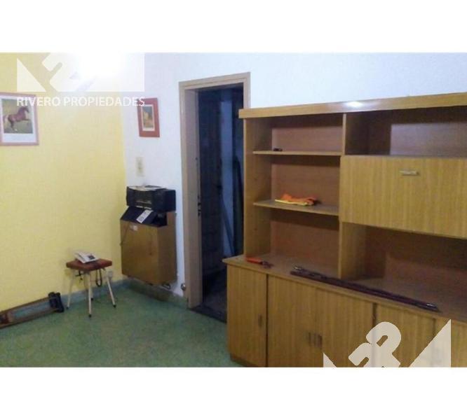 Foto Casa en Venta en  Moron Sur,  Moron  Santa Maria  1500