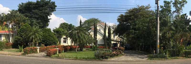 Foto Casa en condominio en Venta en  Quinta El Dorado,  San Pedro Sula  Casa en Venta residencial Quintas el Dorado