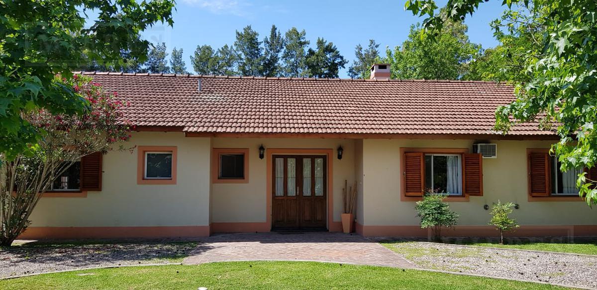 Casa en venta en el barrio Las Glorias Benavidez