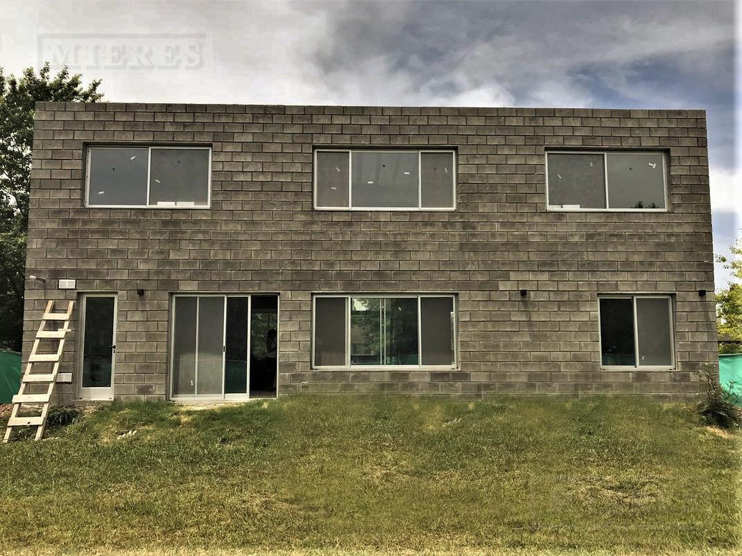 Casa de 150 mts cub en Sausalito