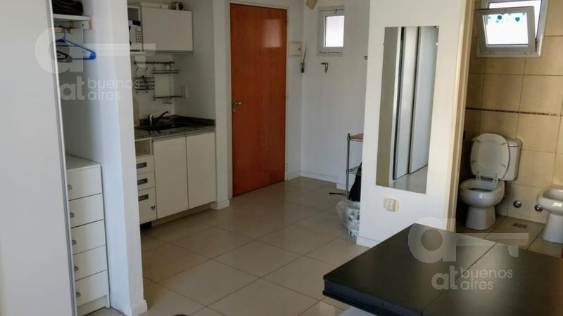 Foto Departamento en Alquiler temporario en  Almagro ,  Capital Federal  Acuña de Figueroa al 200