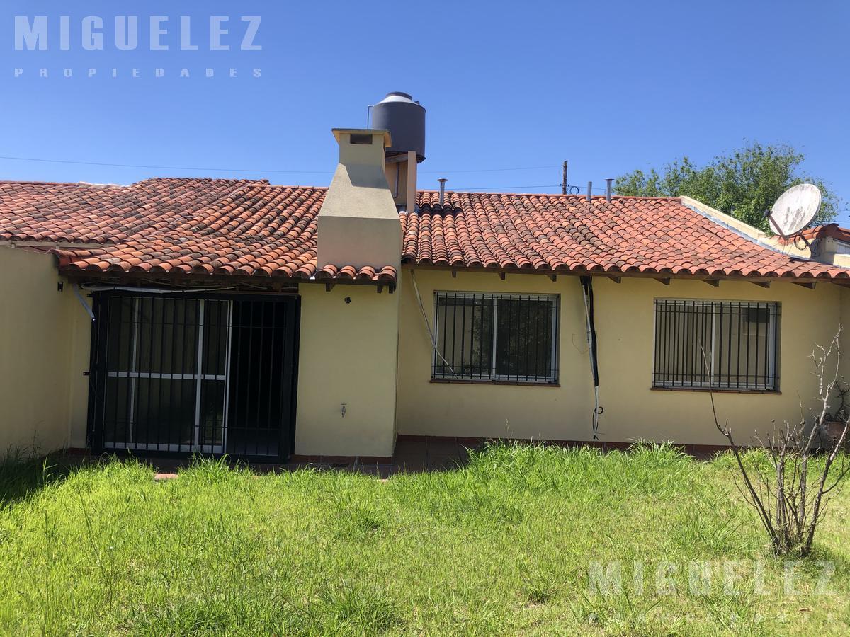 Foto Casa en Venta en  Banfield,  Lomas De Zamora  ROLDAN 1079