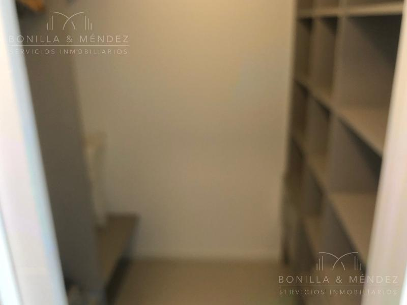 Foto Apartamento en Venta | Alquiler temporario en  Aidy Grill,  Punta del Este  Lenguas de Diamante y Juana de América
