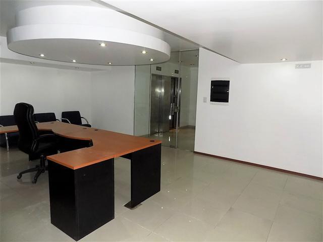 Foto Departamento en Venta en  Retiro,  Centro (Capital Federal)  Reconquista al 1000