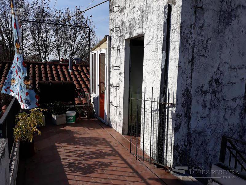 Foto PH en Venta en  Tigre ,  G.B.A. Zona Norte  Ricardo Fernandez al 300