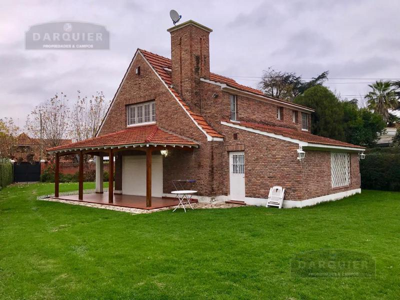 Foto Casa en Venta en  Adrogue,  Almirante Brown  JORGE 1551