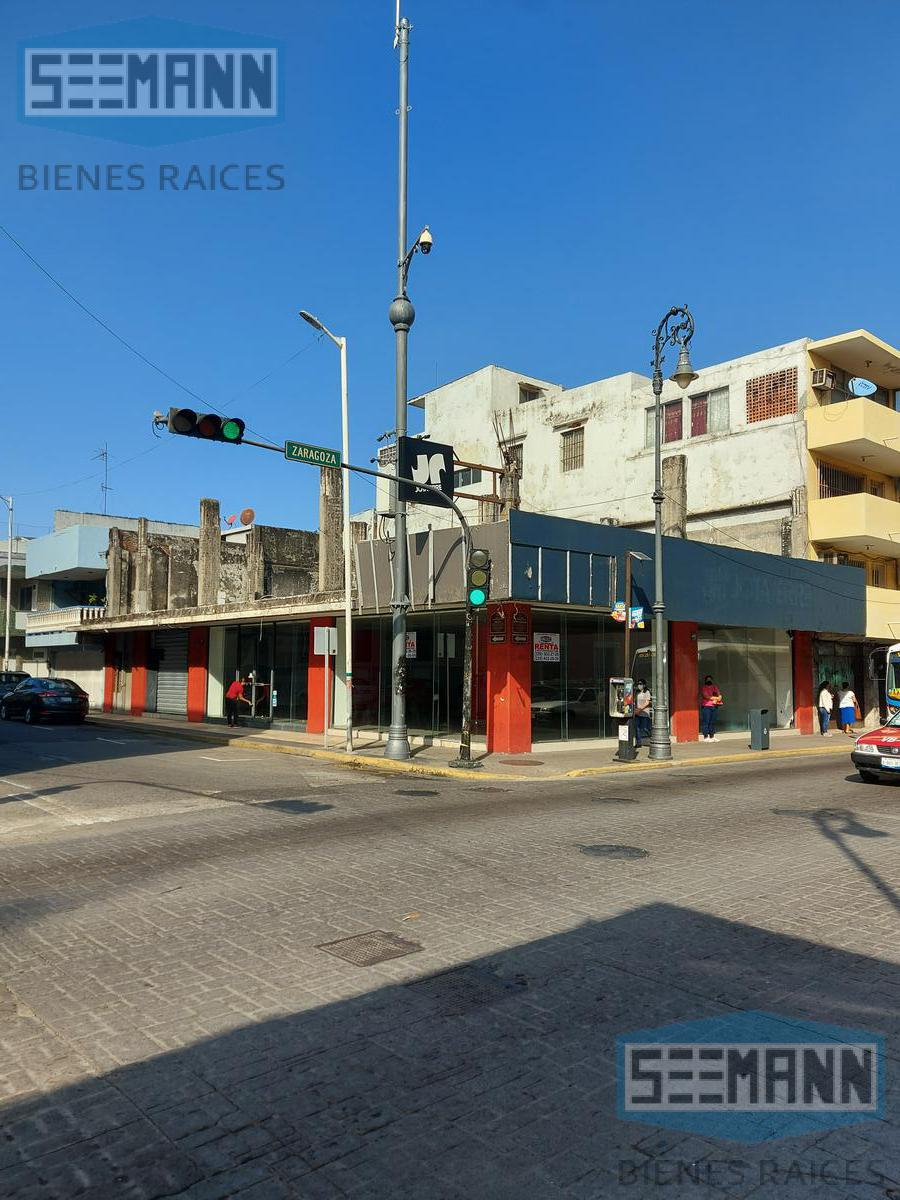 Foto Local en Renta |  en  México,  Veracruz    LOCAL EN RENTA  EN AV. ZARAGOZA # 361,  ESQUINA CON  ESTEBAN MORALES