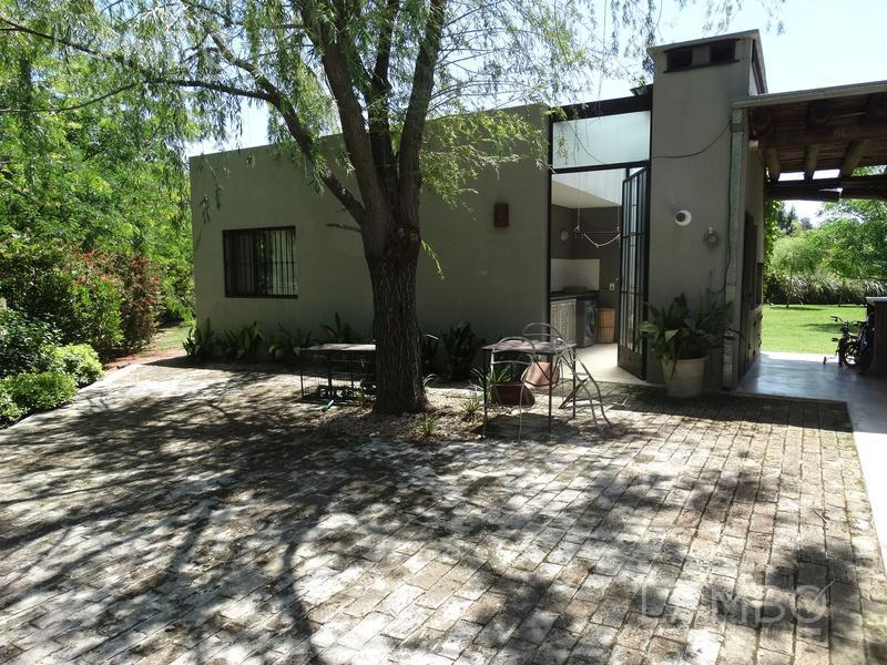 Foto Casa en Venta en  La Emilia,  Countries/B.Cerrado (Pilar)  La Emilia