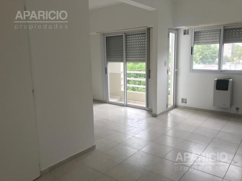 Foto Departamento en Alquiler en  La Plata ,  G.B.A. Zona Sur  15 entre 44 y 45