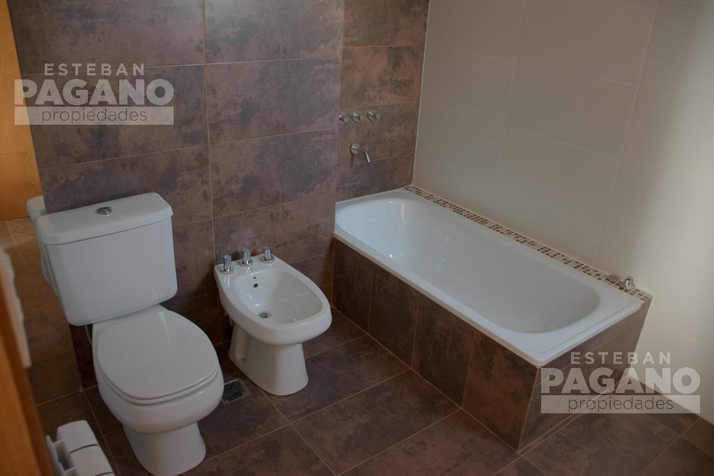 Foto Departamento en Alquiler en  La Plata ,  G.B.A. Zona Sur  25 e 41 y 42