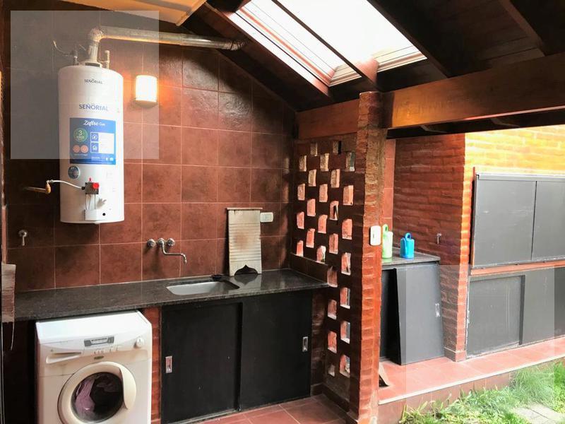 Foto Casa en Venta en  Villa Lugano ,  Capital Federal  CRISOSTOMO ALVAREZ al 5200