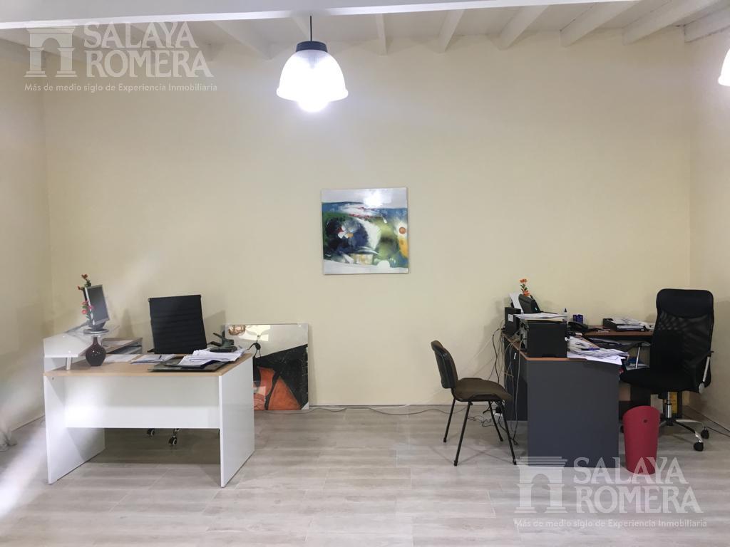 Foto Casa en Venta en  San Isidro,  San Isidro  Av. del Libertador al 16.800
