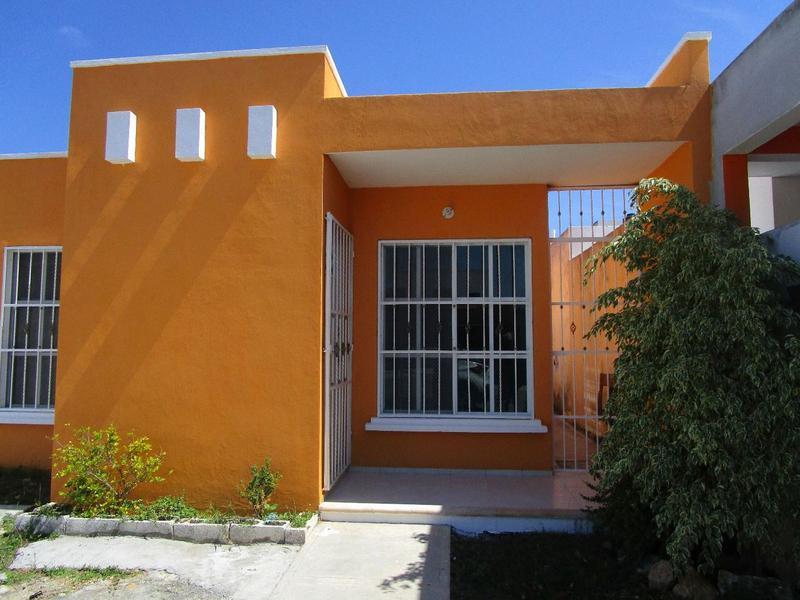 Foto Casa en Renta en  Playa del Carmen,  Solidaridad   CASA EN BOSQUE REAL 3 HAB SIN MUEBLES  PLAYA DEL CARMEN P1190