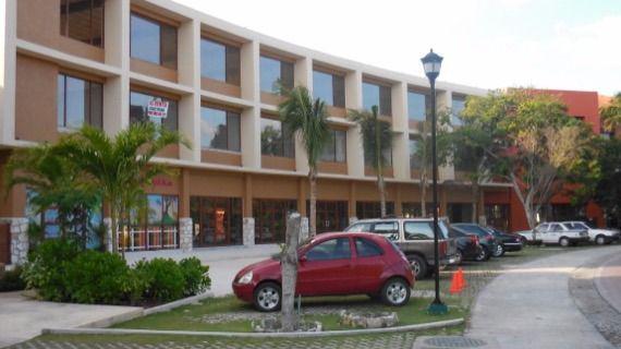 Foto Local en Venta en  Fraccionamiento Playa Car Fase II,  Playa del Carmen  VENTA LOCALES COMERCIALES PLAYACAR PLAYA DEL CARMEN P2083