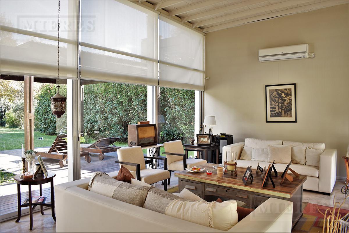Casa de 160 mts. en Pilar Privado