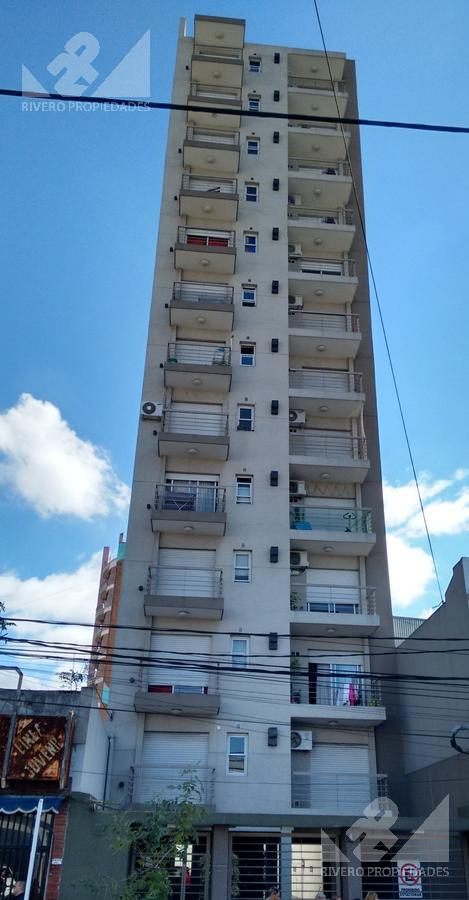 Foto Departamento en Venta en  Moron Norte,  Moron  Mendoza al 200