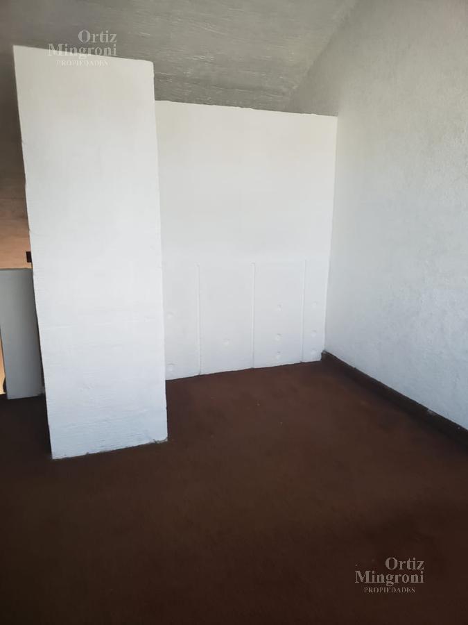 Foto Casa en Venta en  Remedios De Escalada,  Lanús  Gaboto al 4100