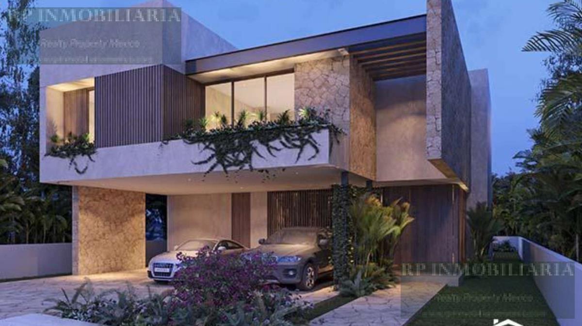 Foto Casa en condominio en Venta en  Yucatán Country Club,  Mérida  Casa en venta de cuatro recámaras en el Yucatán Country Club