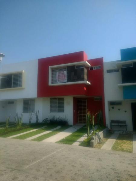 Foto Casa en Venta en  Terralta,  Guadalajara  Casa Venta Fracc. Terralta $1,480,000 Luimir E4