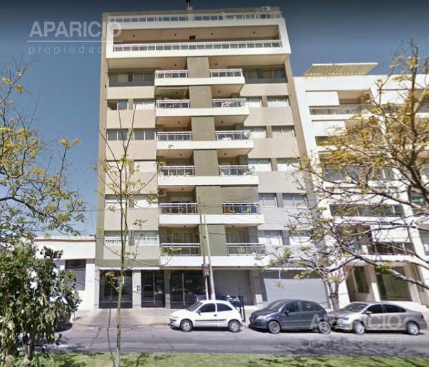 Foto Cochera en Venta en  La Plata ,  G.B.A. Zona Sur  38 entre 17 y 18