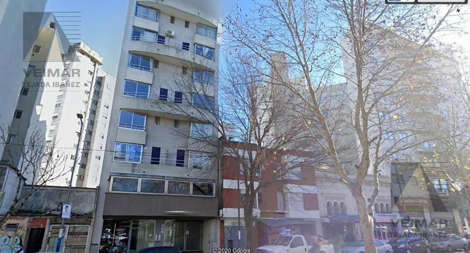 Foto Oficina en Venta en  La Plata,  La Plata  60 e/ 1 y 2