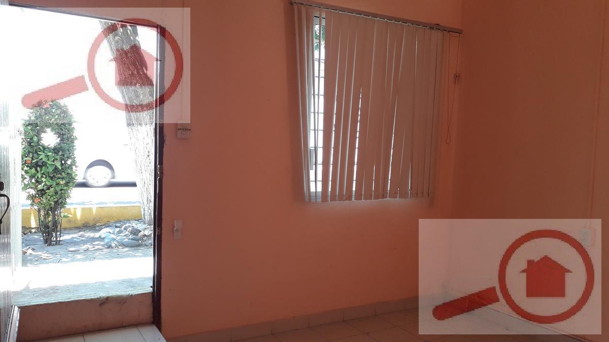 Foto Casa en Renta en  Venustiano Carranza,  Veracruz  Casa Pequeña en RENTA cerca del ADO en Veracruz