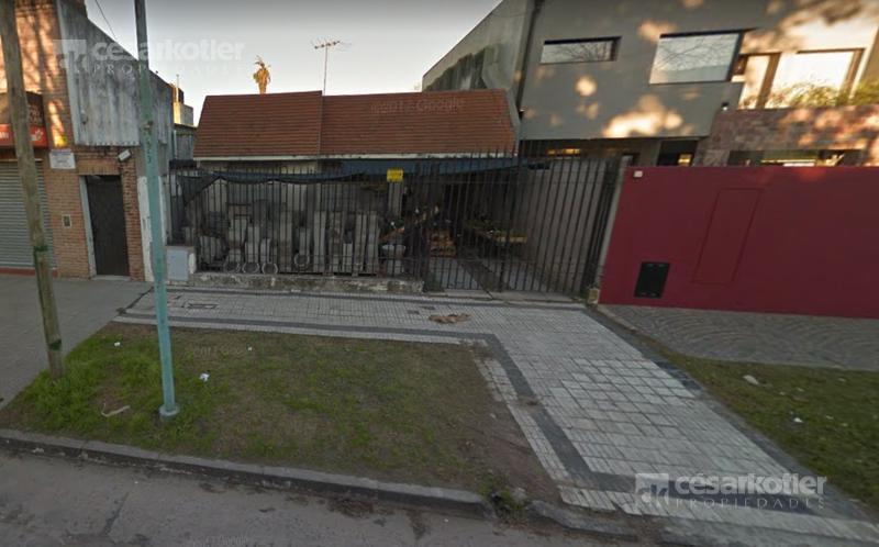 Foto Casa en Venta en  Temperley Este,  Temperley  Colon  851