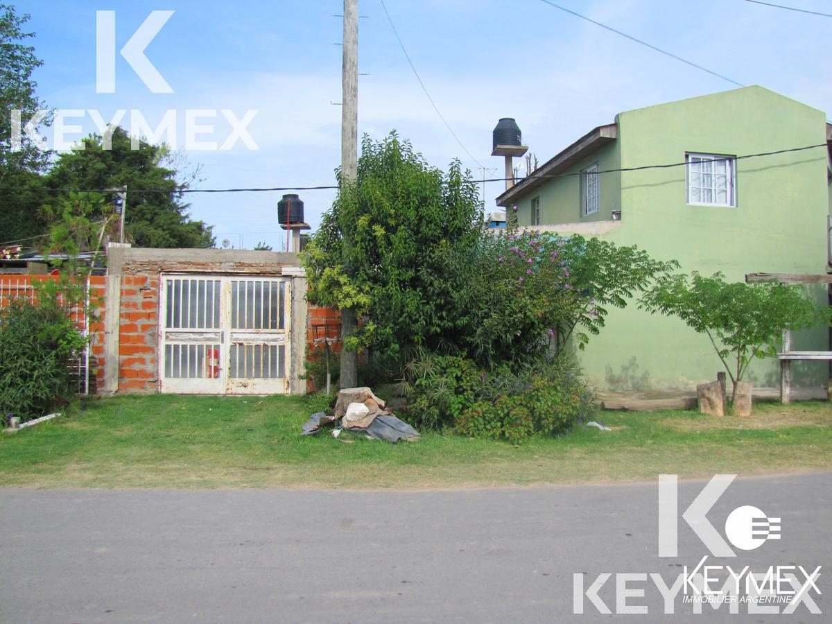 Foto Casa en Venta en  Melchor Romero,  La Plata  Calle 162 esquina 531