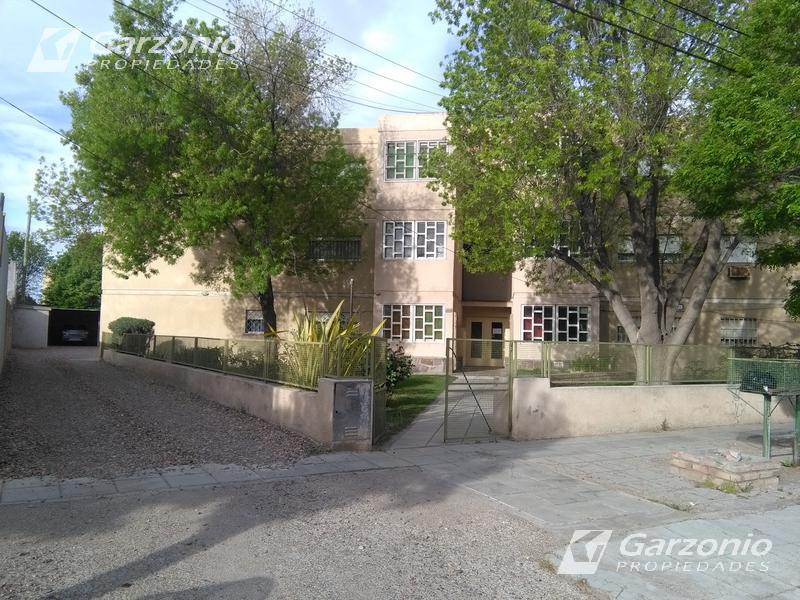 Foto Departamento en Alquiler en  Trelew ,  Chubut  Urquiza al 800