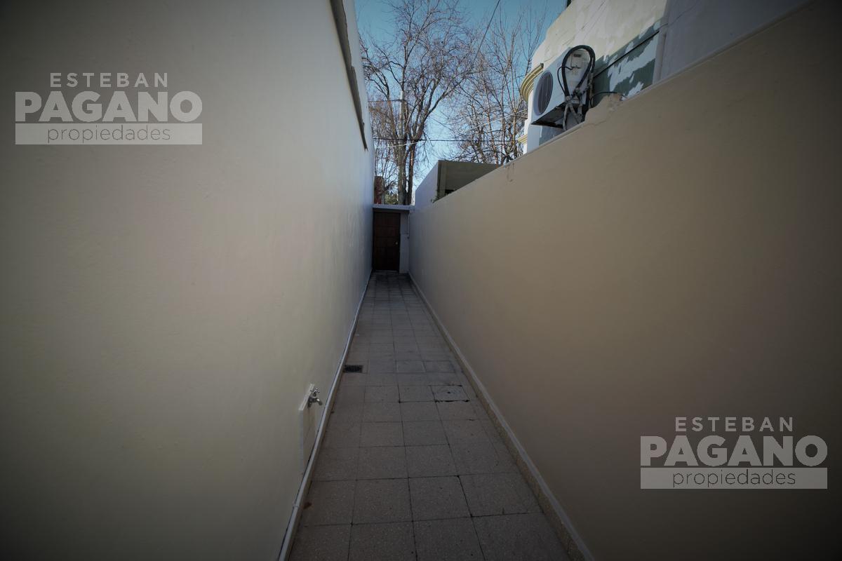 Foto PH en Venta en  La Plata,  La Plata  12 e 71 Y 72 Nº 1937 1/2