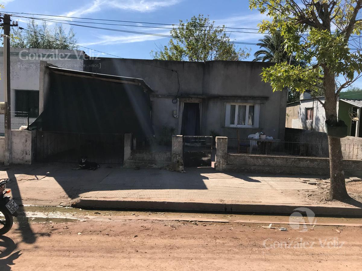 Foto Casa en Alquiler en  Zona Centenario,  Carmelo  DEMOCRACIA al 200