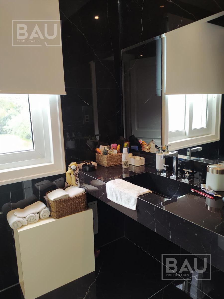 Foto Casa en Venta en  San Diego C.C,  Countries/B.Cerrado (Moreno)  Oportunidad Propiedad San Dieguito