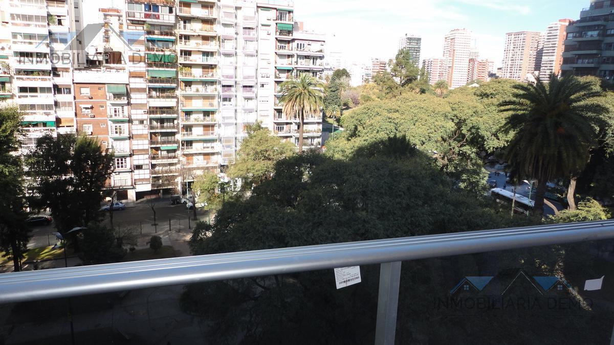 Foto Oficina en Alquiler en  Pocitos ,  Montevideo  Tiburcio Gomez al 1300