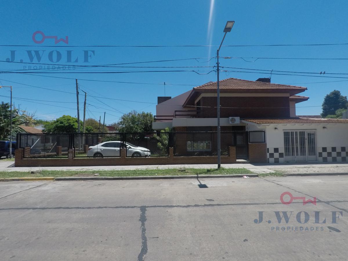 Foto Casa en Venta en  Malaver,  Villa Ballester  Arenales al 3400
