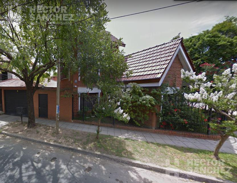 Foto Casa en Venta en  Hurlingham,  Hurlingham  Jose Mazzini al 2300