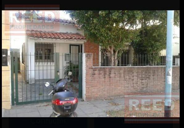 Foto Casa en Venta en  Olivos,  Vicente Lopez  Carlos Gardel al 2500