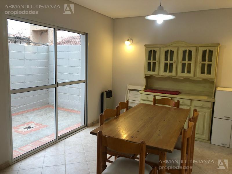 Foto Casa en Venta en  Puerto Madryn,  Biedma  LINIERS CASA 193