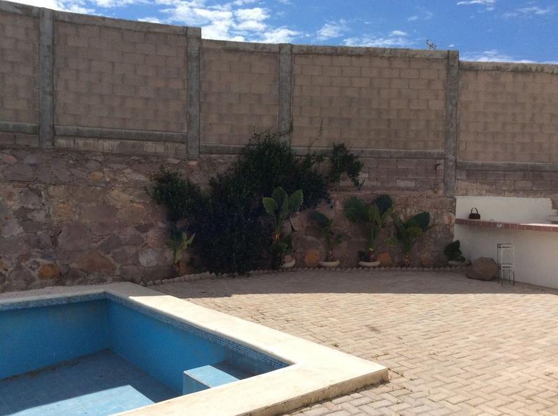 Foto Casa en Venta en  Residencial Residencial Cumbre,  Chihuahua  VENTA DE CASA CON ALBERCA EN CUMBRES V