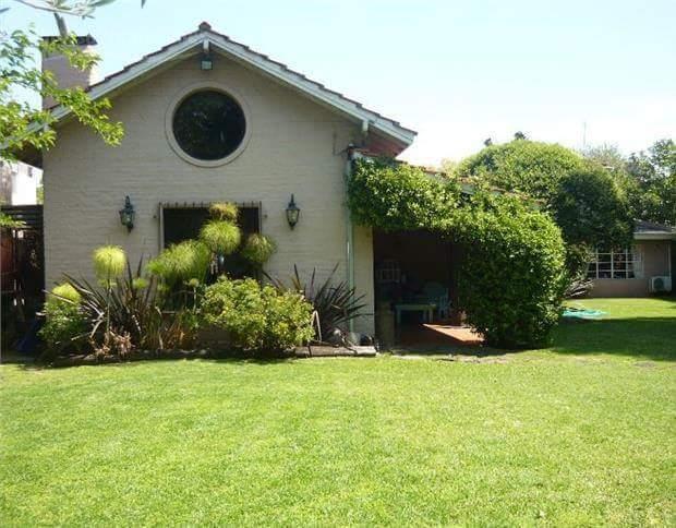 Foto Casa en Alquiler temporario |  en  El Talar,  General Pacheco  Casa estilo campo en Pacheco