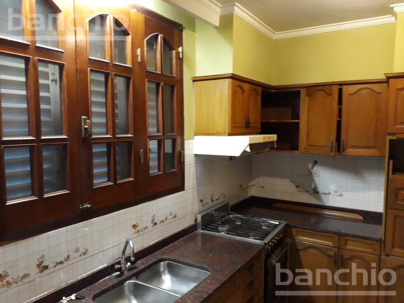 PJE. BRAVARD al 4500, Rosario, Santa Fe. Venta de Casas - Banchio Propiedades. Inmobiliaria en Rosario