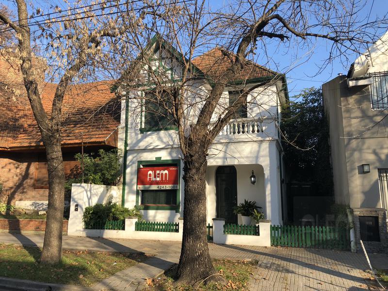 Foto Casa en Venta en  Lomas de Zamora Oeste,  Lomas De Zamora  ACEVEDO al 800