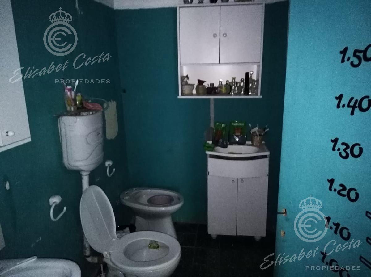 Foto Casa en Venta en  Lanús Este,  Lanús  9 de Julio al 2500