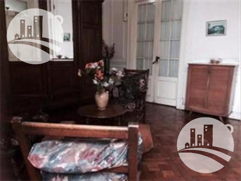 Foto Hotel en Venta en  Monserrat,  Centro (Capital Federal)  Hotel familiar 14 hab.