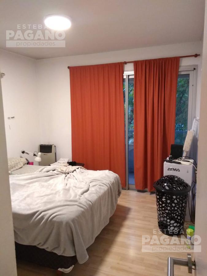 Foto Departamento en Venta en  La Plata,  La Plata  39 N° 1105 e 17 y 18