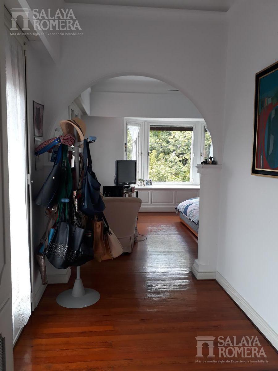 Foto Casa en Venta en  La Lucila-Libert./Rio,  La Lucila  Comandante Franco al 300