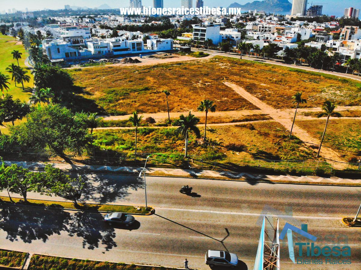 Foto Terreno en Venta en  Fraccionamiento Sábalo Country Club,  Mazatlán  Terreno Comercial en Ventas Mazatlán | Bienes Raíces Mazatlán