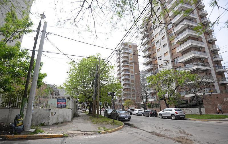 Foto Terreno en Venta en  Quilmes,  Quilmes  Alberdi 100