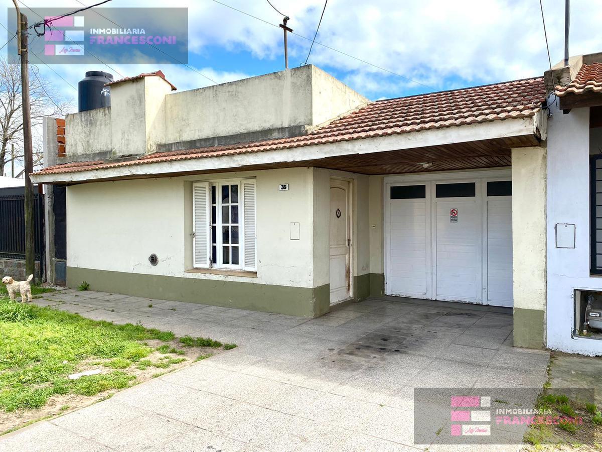 Foto Casa en Venta en  Chascomus ,  Interior Buenos Aires  Bartolome Correa 36