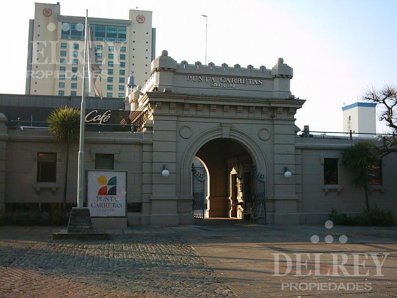 Foto Local en Alquiler en  Punta Carretas ,  Montevideo  ELLAURI Y GARCIA CORTINAS